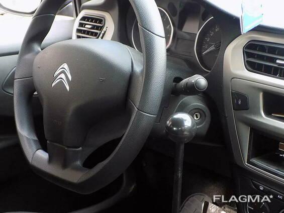 Ручно управљање аутомобилом за инвалидна